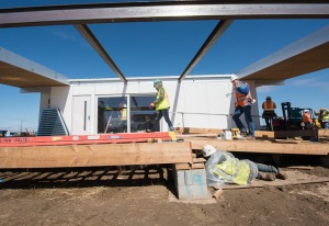 Students building a home for the Solar Home Decathalon
