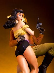 figure of The Rocketeer and Betty, from the side