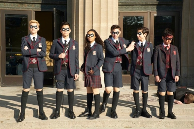 The main characters of The Umbrella Academy as a child superhero team